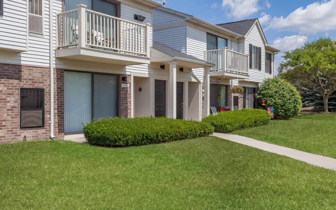 Bainbridge Park Apartments in Canton, Michigan