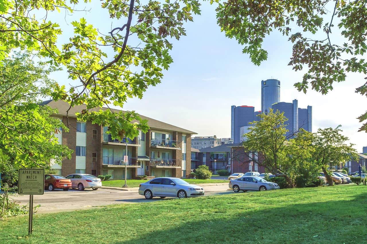 lafayette-park-place-apartments-rent-detroit-mi-1