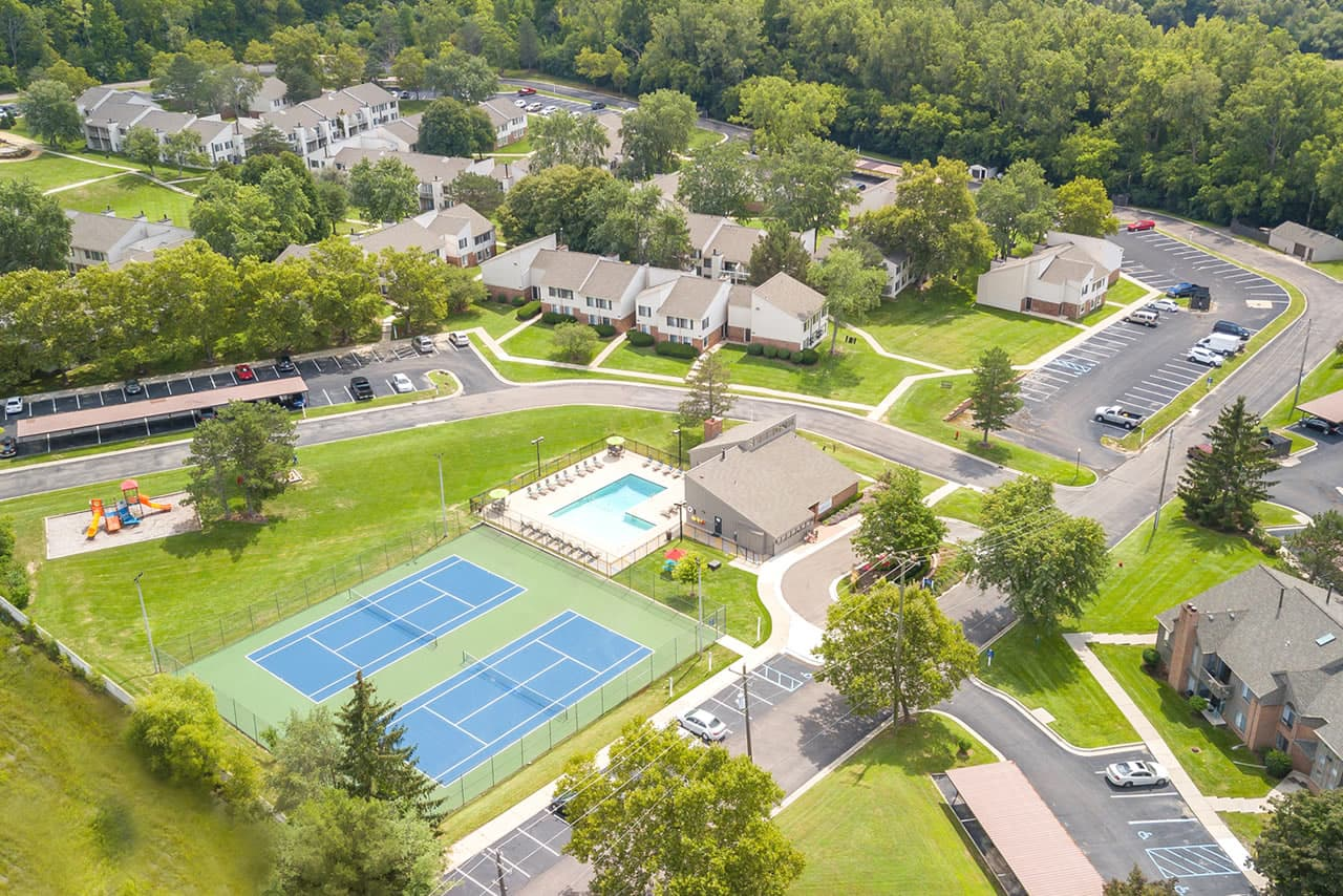 northville-woods-apartments-for-rent-in-northville-mi-bg-1
