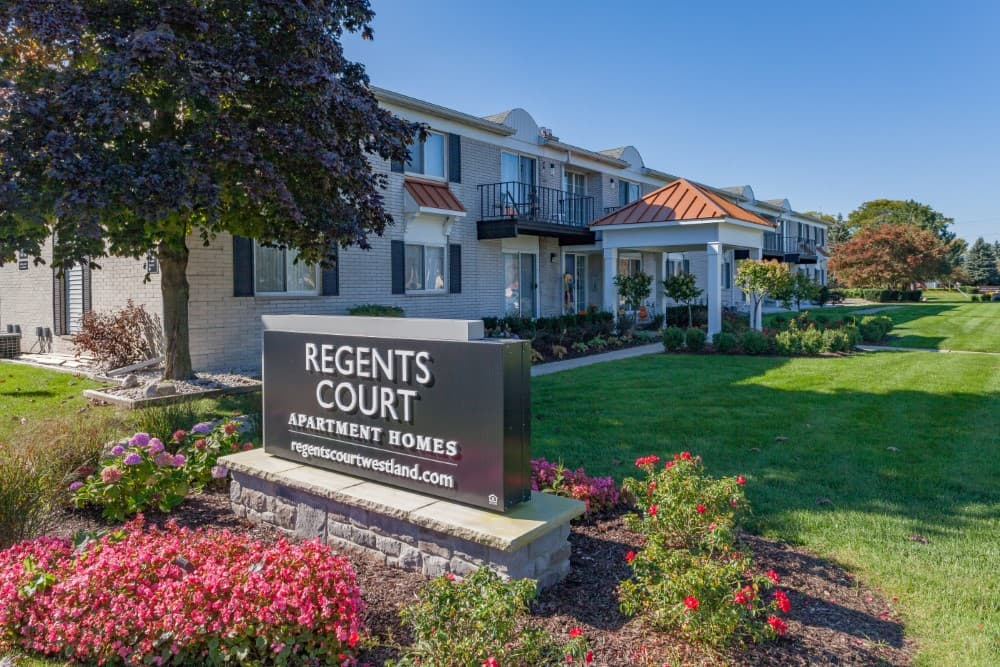 regents-court-apartments-for-rent-in-westland-mi-1