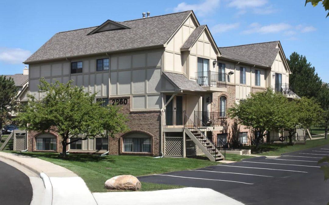 The Edge At Oakland Apartments in Auburn Hills, Michigan