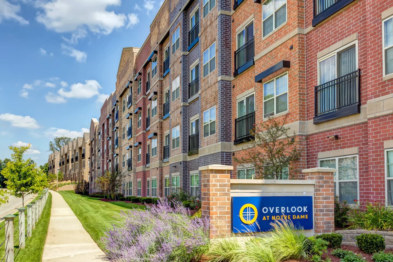 the-overlook-apartments-at-notre-dame-south-bend-in-1